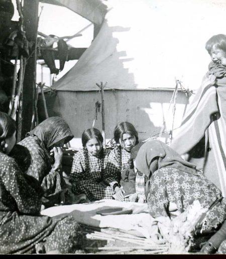 Baá Hawassiio & Ènomóhtåhéseh: Healthcare on the Crow & Northern Cheyenne Reservations